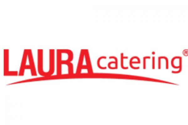laura425E10AE-FC00-9F0E-765C-7C16BCE8D5BD.jpg