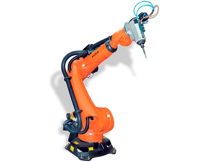 The KUKA robots with applications in numerous sectors, presented by
